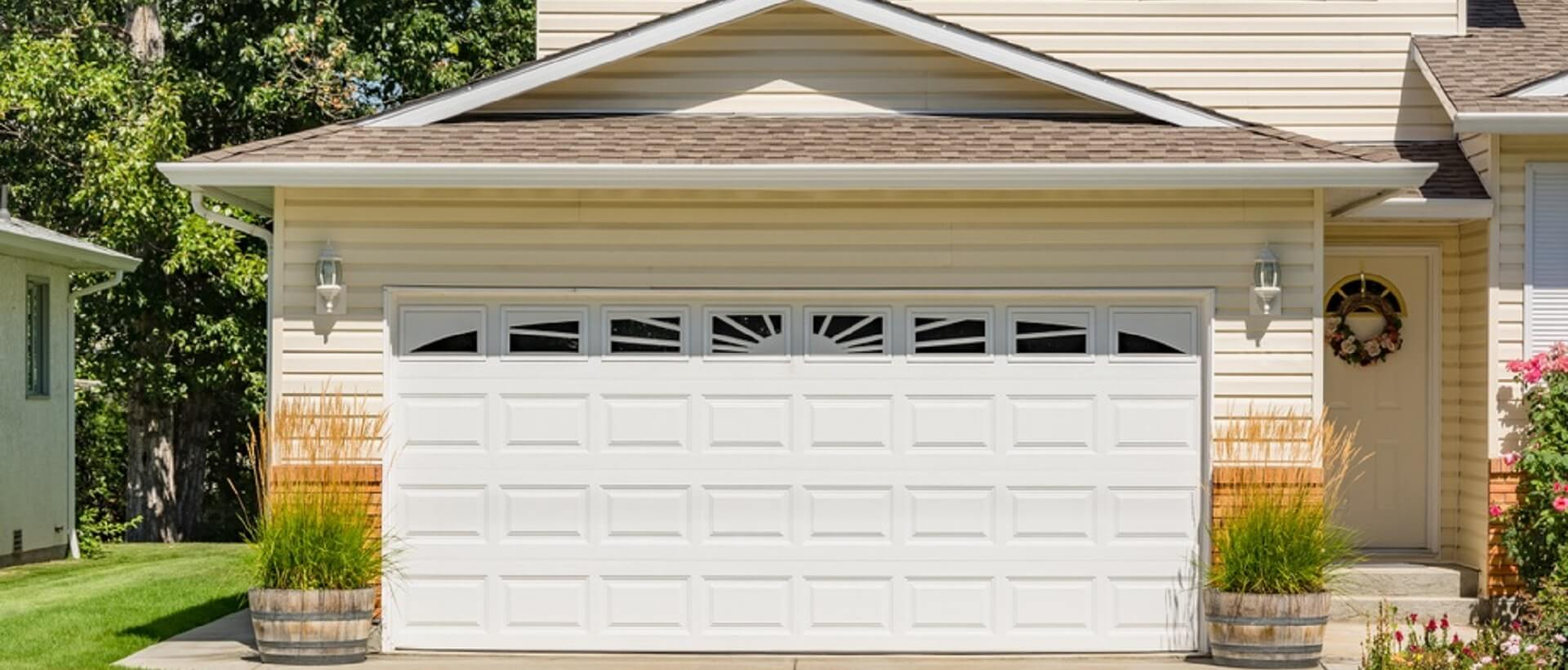 Arvada Garage Doors & Security - Garage doors And locksmith services in CO